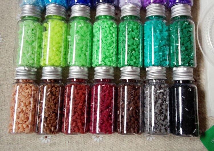 2.6mm 66 couleurs 42,000 pièces boîte ensemble (avec 2 modèles + 3 papier chaud + 1 pince à épiler + 4 fermoir à homard.) PUPUKOU jouet bricolage jouets éducatifs - 2