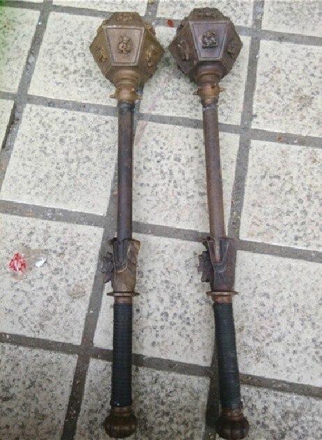 Métal Artisanat Une paire Chinois vieux cuivre robinet armes marteau 12 Zodiaque Statue EXPÉDITION rapide