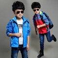 2016 Primavera Outono Impressão Crianças Outerwear Jaquetas Esporte Moda Infantil Casacos Double-deck À Prova D' Água À Prova de Vento Meninos Jaquetas Da Marca