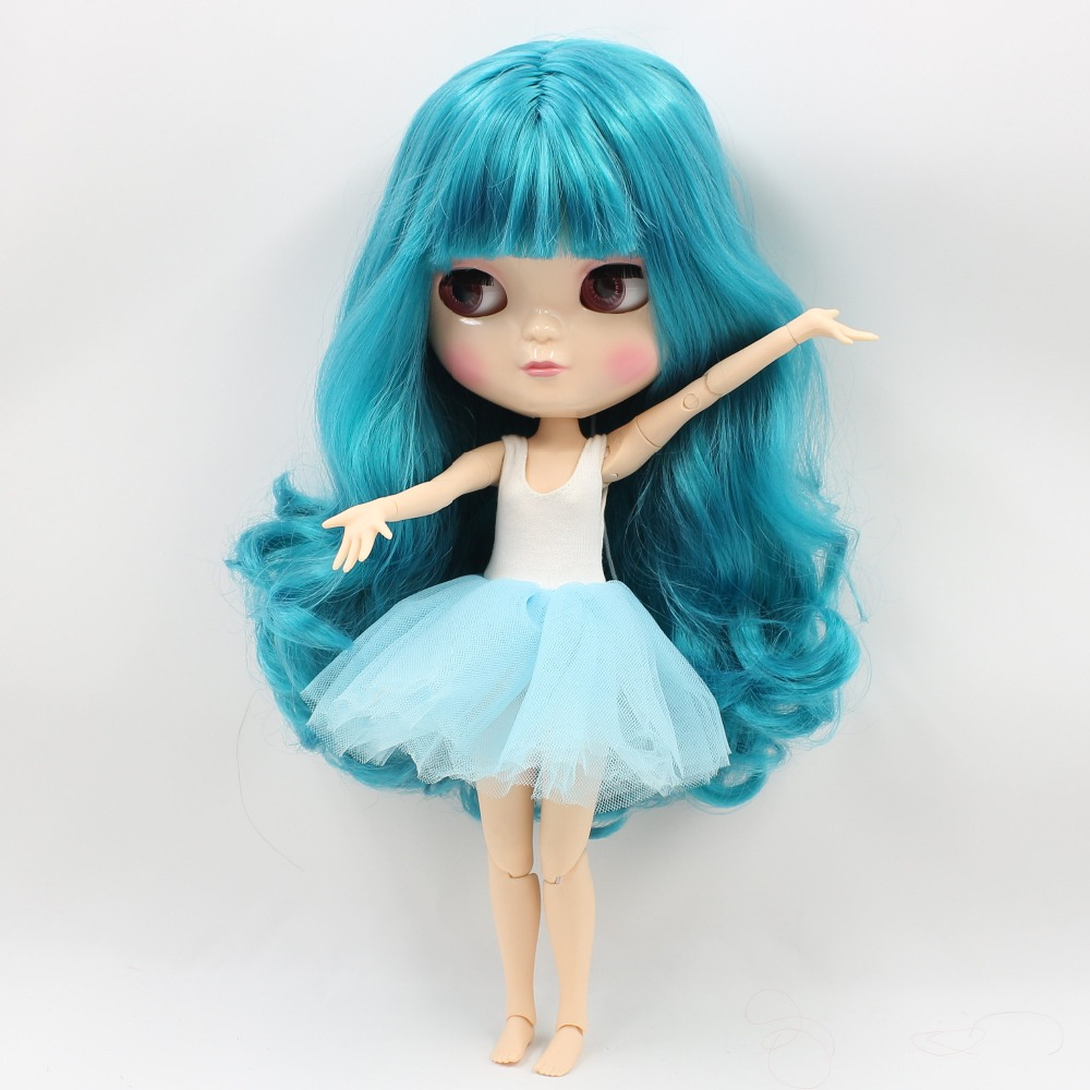Neo Blythe Doll with Turquoise Hair, White Skin, Shiny Face & Jointed Azone Body 3