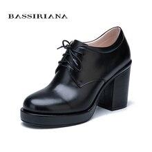 Bassiriana элегантный натуральная кожа замша шнуровка обувь женская ботинки осень весна Обувь на платформе на квадрадтном высоком каблуке с круглыми носками 35-40 размер черный цвет Мода 2017 Бесплатная доставка