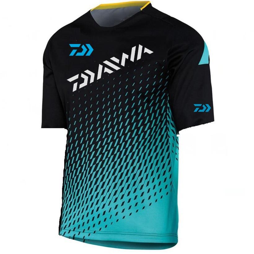 2019 Summer Daiwa Dawa Fishing Shirt Men Outdoor Sports Breathable Camouflage Fishing Shirt Hiking Camping Fishing Clothing
