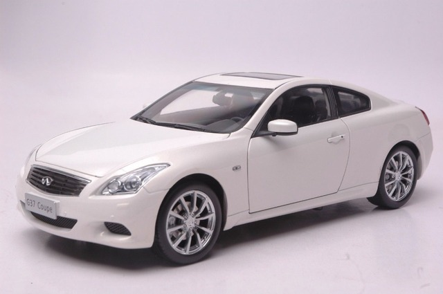 118 Diecast Model For Infiniti G37 Coupe 2014 White Alloy Toy Car