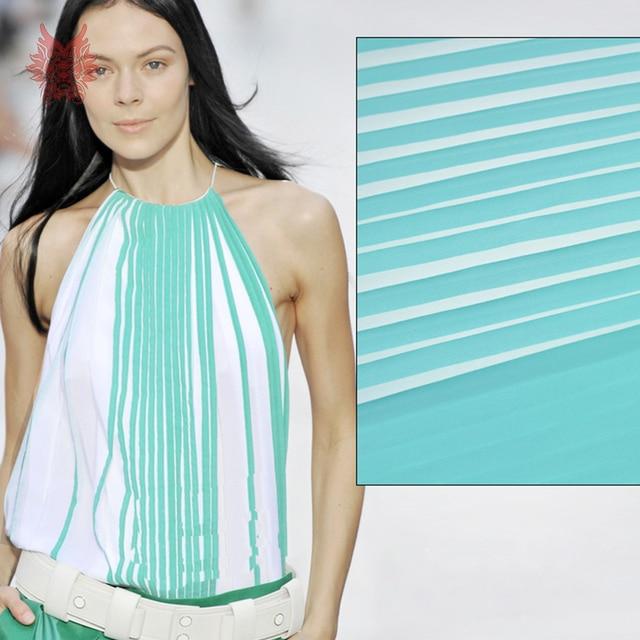 e0192bdd9 Designer branco listrado azul crepe chiffon tecido para vestido plissado  tecido de tela de pano para
