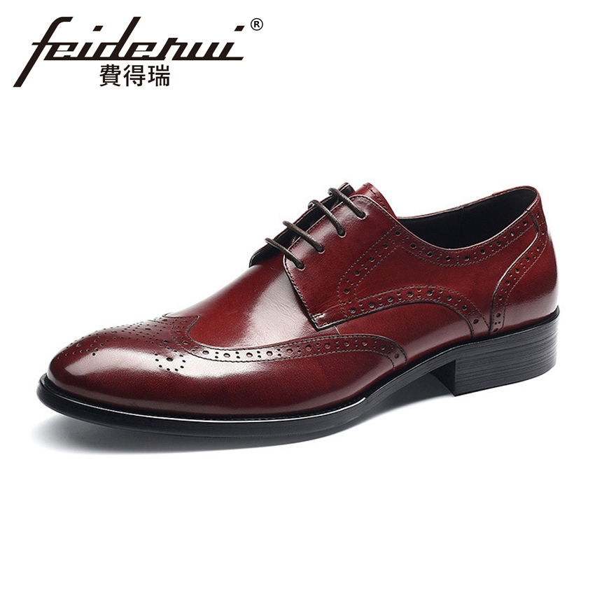 British Designer Genuine Leather Men's Oxfords Formal Dress Round Toe Lace-up Man Wingtip Flats Vintage Male Brogue Shoes HMS53 2018 new fashion british vintage lace up mens formal shoes oxfords autumn genuine leather pointed toe male footwear dress shoes