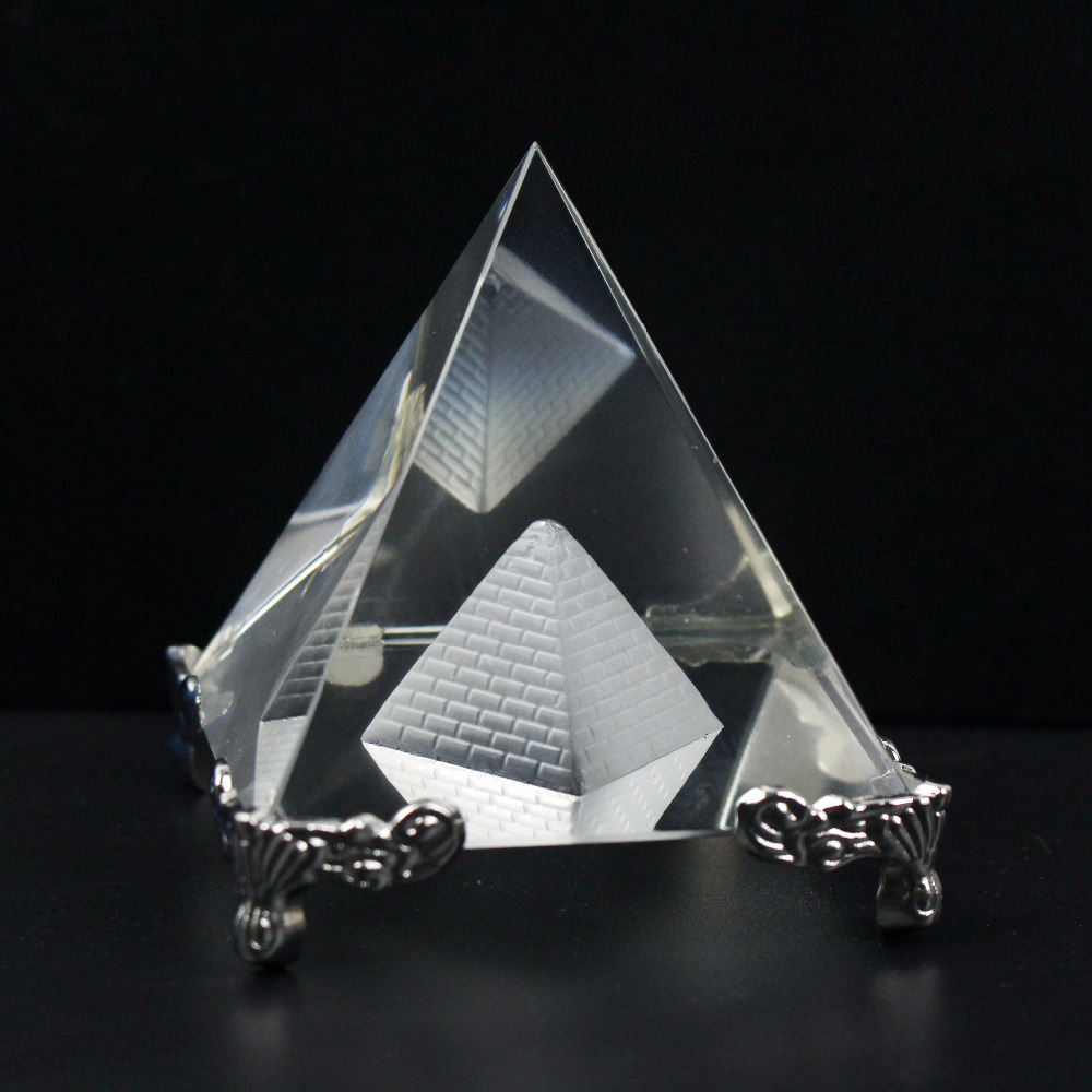 Alta Qualidade De Vidro De Cristal Oco Base De Metal Pirâmide Paperweight Estatueta Fengshui Artesanato Home Office Decor