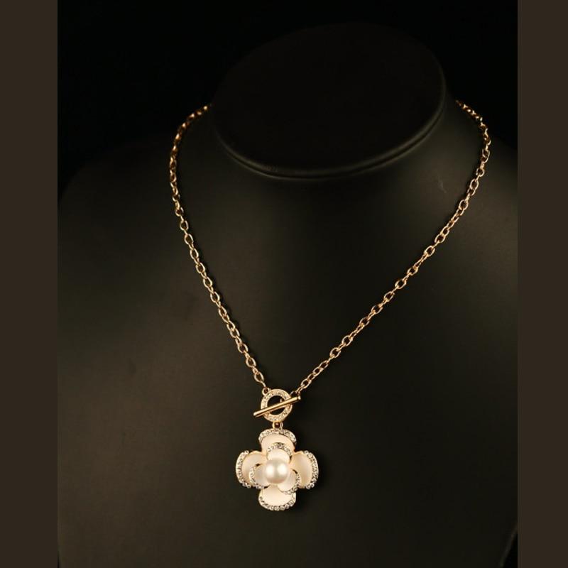 Simulado pérola rose choker colares pingentes de moda lindo colar de  corrente fina de ouro bijuteria jóias gros collier femme e95c3880e7
