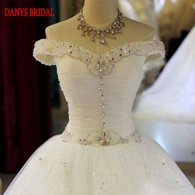 Luxury Lace Wedding Dresses Ball Gown Tulle Chinese Crystal Wedding Gown  Weeding Bridal Bride Dresses Weddingdress-in Wedding Dresses from Weddings    Events ... 1c48f4bd875d