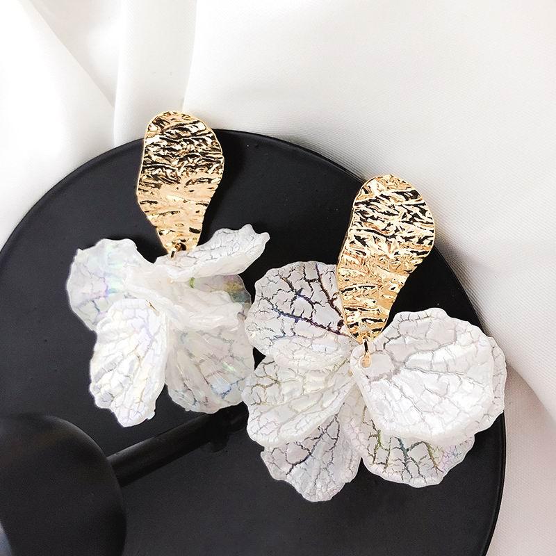 Korean White Shell Flower Petal Drop Earrings For Women 2019 New Statement pendientes Trendy Jewelry