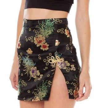 Sexy estilo chino Floral bordado 2017 mujeres falda pantalones cortos colores caramelo split side elegante partido Club mini falda verano jupe