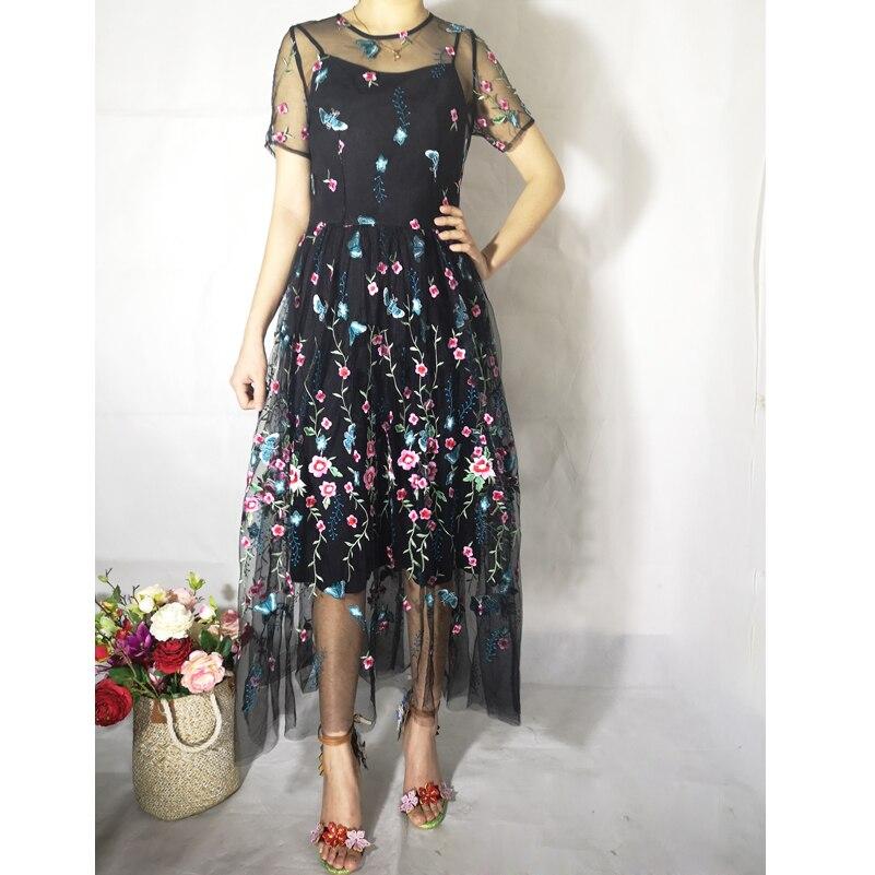 Wysoka jakość 2019 nowy projektant mody letnie sukienki kobieta party mesh kwiat haftowane w stylu vintage czeski plaża midi sukienka w Suknie od Odzież damska na  Grupa 1