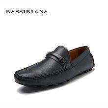 NUEVOS 2017 zapatos de cuero Genuinos hombres zapatos Casuales Suave Cómodo Respirable 39-45 Envío gratis BASSIRIANA
