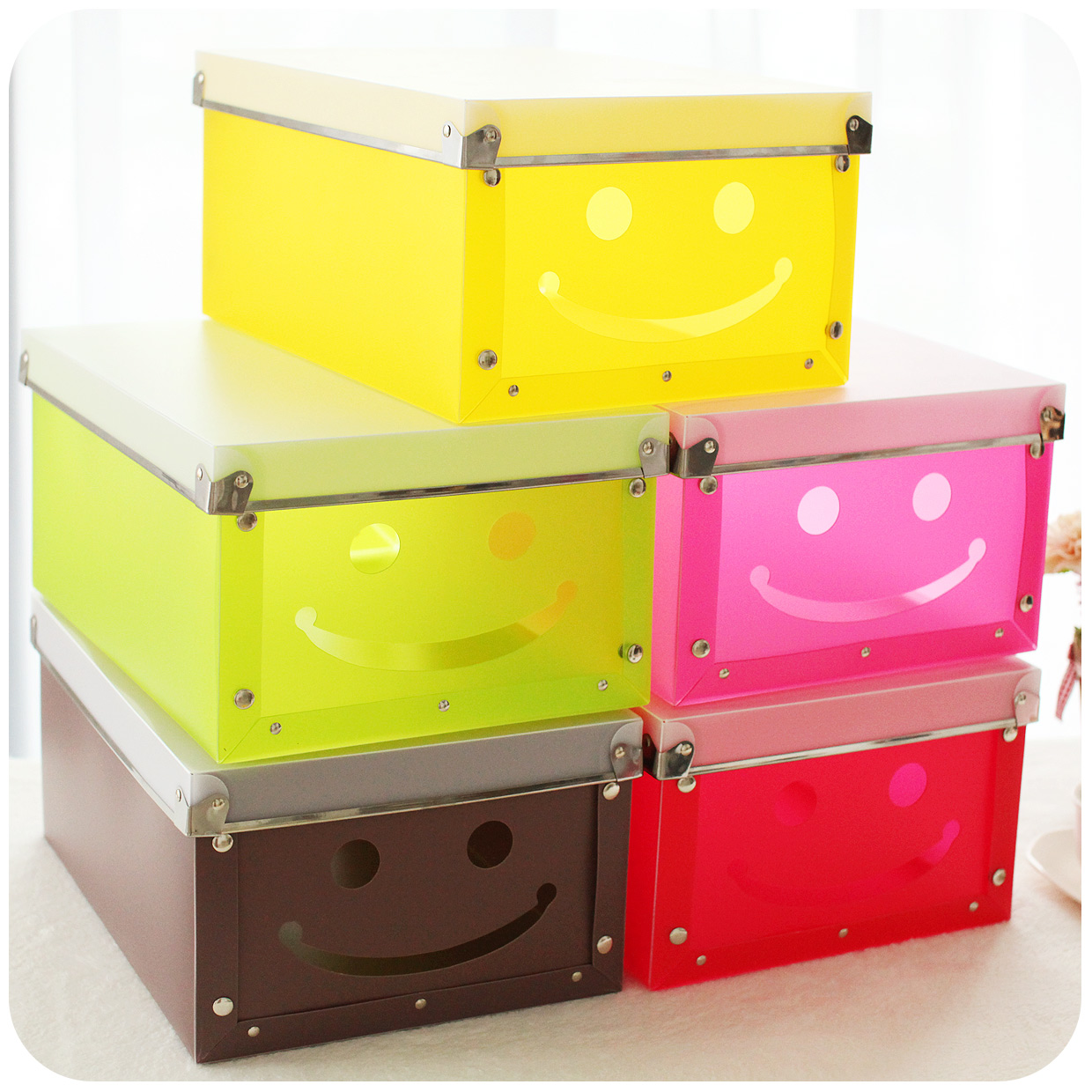 smiley plastic diy storage box finishing large folding makeup organizer rangement chaussure. Black Bedroom Furniture Sets. Home Design Ideas