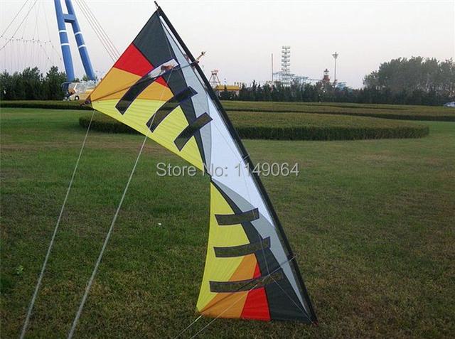 Envío de la alta calidad 2.4 m fuerte viento quad line truco diseño con mango línea de control fácil poder kite parafoil kite buggy