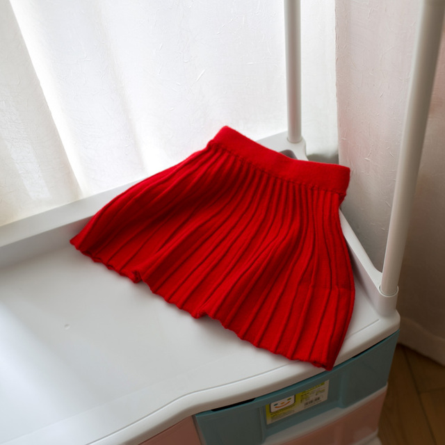 2017 spring and autumn new baby girls pleated skirt children wool skirts red