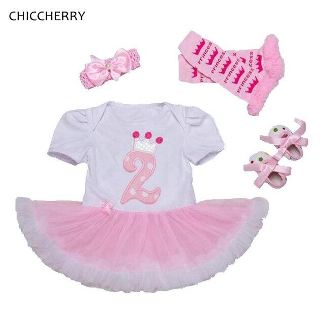 e91af80574 2 Jahre Mädchen Geburtstag Kleid Prinzessin 4 stücke Baby Strampler Kleider  Stirnband Stulpen & Schuhe Conjunto