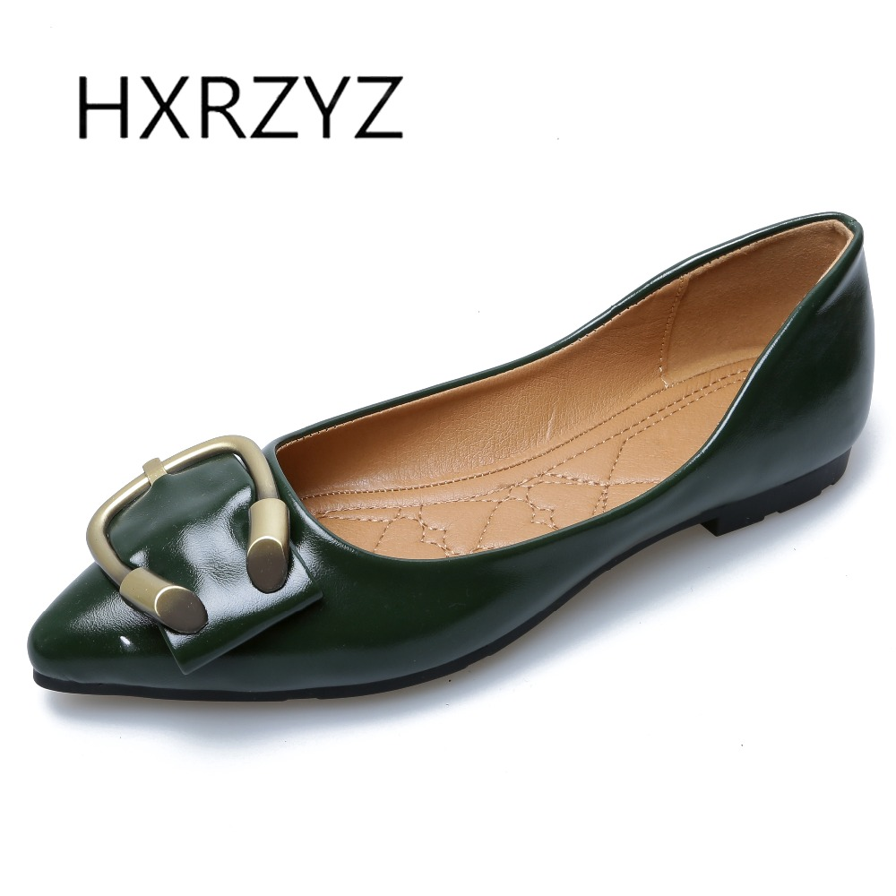 HXRZYZ large size women black flat shoes female patent leather loafers spring/autumn new fashion pointed toe buckle casual shoes гольфы pompea гольфы