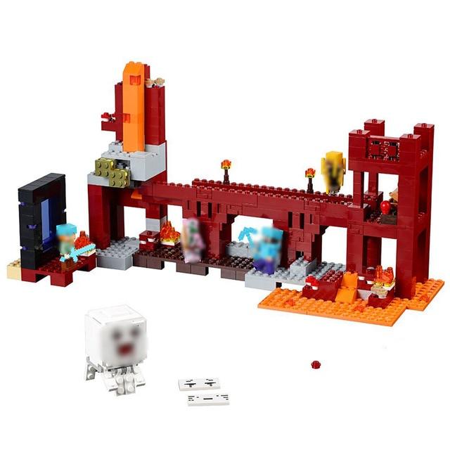 10393 Inferior Da Fortaleza Compatível Conjunto Bloco de Construção Criativa Toy 562Pcs