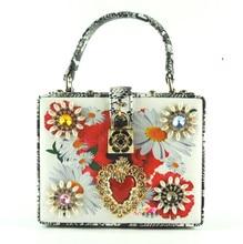 Diamond flower print hasp lock crocodile handbag,new fashion high-end luxury box retro palace style shoulder bag,women lady bags