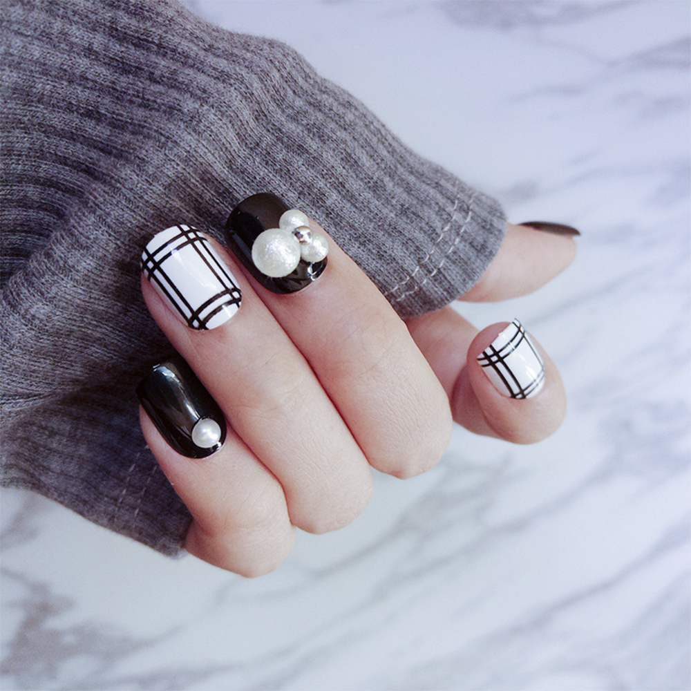 24pcs/Set Black White Grid French False Nails Trendy Pearl Short ...