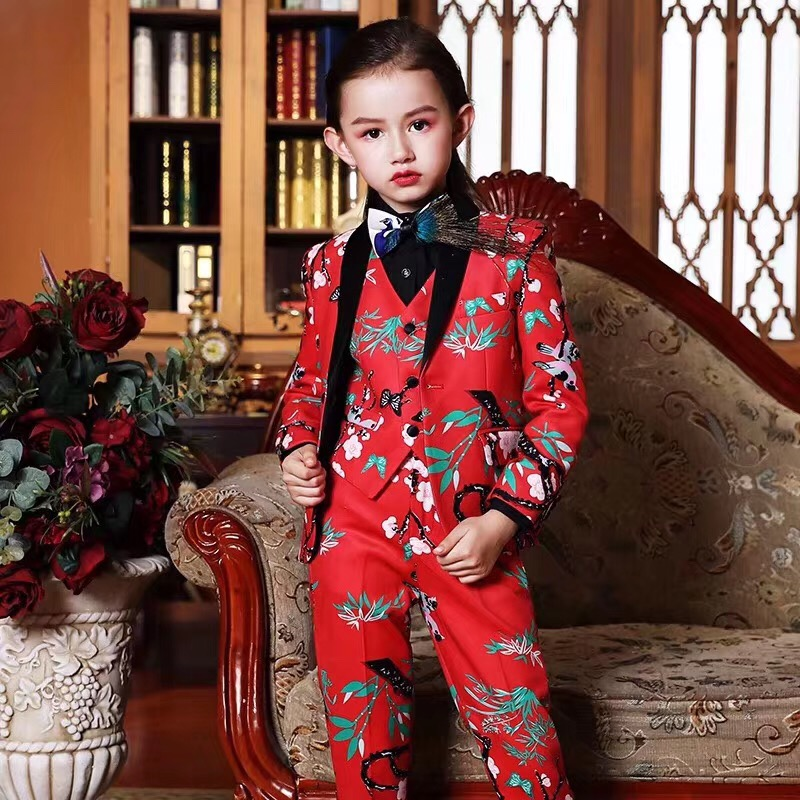 New Style Flower Notched Lapel Girl Suits One Button Wedding Suits Children Party Tuxedos Girl Smoking blazer (jacket+pant+vest)New Style Flower Notched Lapel Girl Suits One Button Wedding Suits Children Party Tuxedos Girl Smoking blazer (jacket+pant+vest)