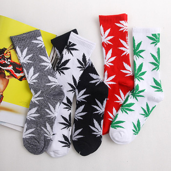 Spring high Quality Harajuku chaussette Style Maple leaf Weed Socks Men's Cotton Hip Hop Socks Man Mens weed Maple leaf Socks