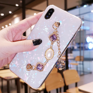 Image 5 - Fancy Pearl Crystal Stone Tassel Diamond Chain Bracelet Shell Phone Case For Huawei P30 P40 Lite Mate 20 30 Pro Y9 Prime 2019