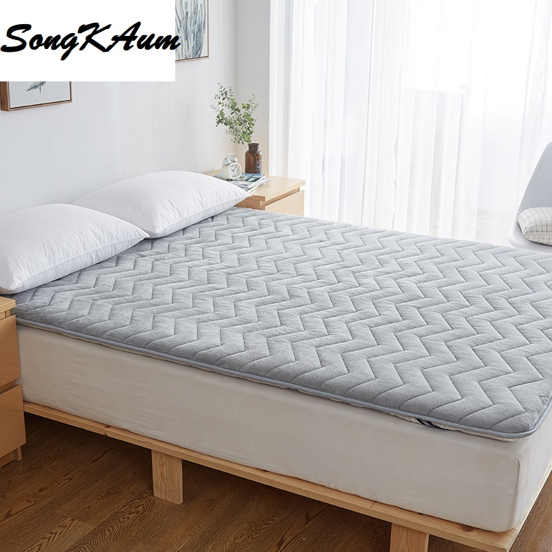 New Thickening Polyester Fibre Tatami Student Dormitory Single mattress Foldable Mattress Single Hostel Bedspread Bed Pad