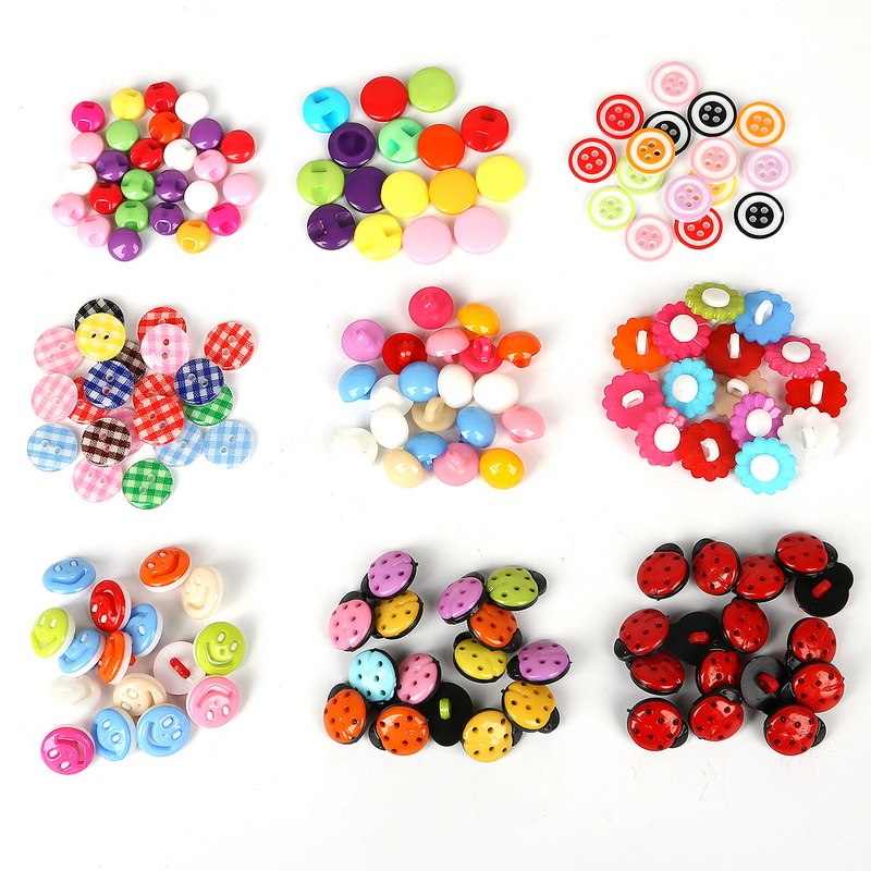 50pcs Random Mixed Color Lovely Plastic Buttons Flower Smiley DIY Sewing Button for Garment Scrapbooking DIY Jewelry Craft button