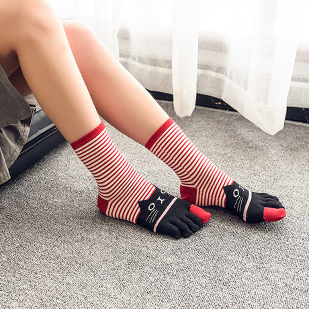 2019 Cartoon Harajuku Winter Girls Cat Print Multicolor Bar Toe Socks Five Finger Cotton Funny Ankle Sock #VC20157