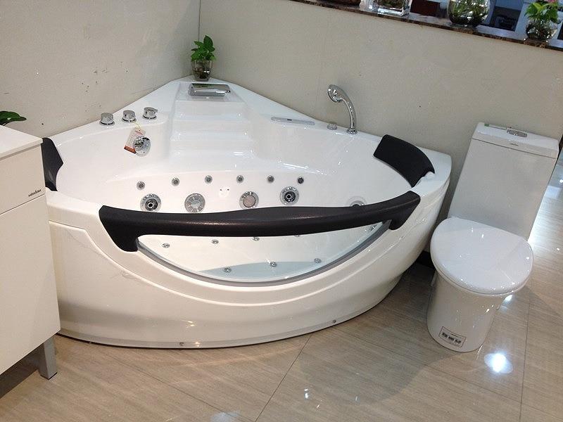 wand ecke glasfaser acryl whirlpool badewanne dreieckige hydromassage badewanne dsen spary jets spa rs6162dchina - Whirlpool Badewanne Designs Jacuzzi