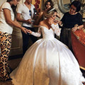 Арабских Кружева Свадебные Платья С Длинным Рукавом Бальное платье С Плеча Церковь 2017 Свадебные Платья Атласная Жемчуг Длина Пола