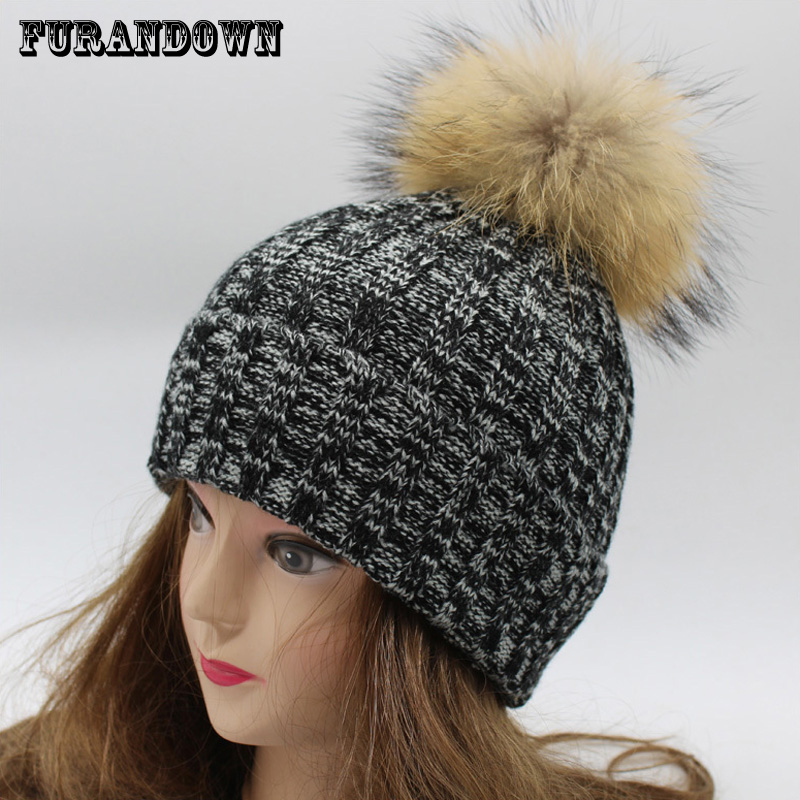 2017 Fashion Women's Winter Hat With Fur Pom Poms 100% Real Raccoon Fur Caps Female Winter Hats For Women new star spring cotton baby hat for 6 months 2 years with fluffy raccoon fox fur pom poms touca kids caps for boys and girls