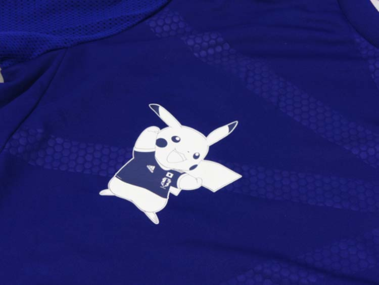 84cd214054a Japan Jersey 2014 World Cup Pokemon Pikachu Print MEN WOMEN Japan National  Team Jersey Men Soccer Jersey Limited Football Shirt-in Soccer Jerseys from  ...