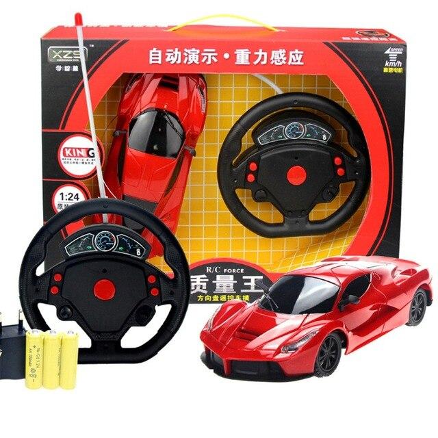 1/24 4 WD Carro RC Corridas de Gravidade de Sensoriamento Remoto do Volante Deriva Velocidade Do Carro de controle de Rádio Carro rc Brinquedos Presentes de Aniversário Freeship
