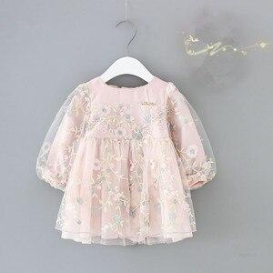 Image 1 - เสื้อผ้าเด็กทารกฤดูใบไม้ร่วงแขนยาวชุดเด็กทารกเด็กดอกไม้ชุดปักเย็บปักถักร้อยเจ้าหญิงแรกเกิดสวมใส่