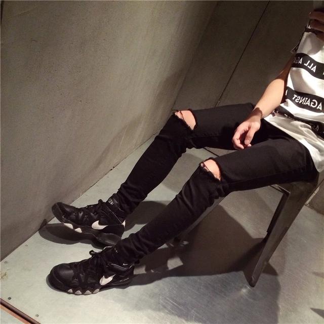 Lápiz Pantalones Vaqueros de Los Hombres 2015 Primavera Masculina Pantalones Delgados En Forma de Lápiz pantalones de Los Muchachos Flacos Casual Masculina Moda Ripped Denim Jeans Para Hombre hombre