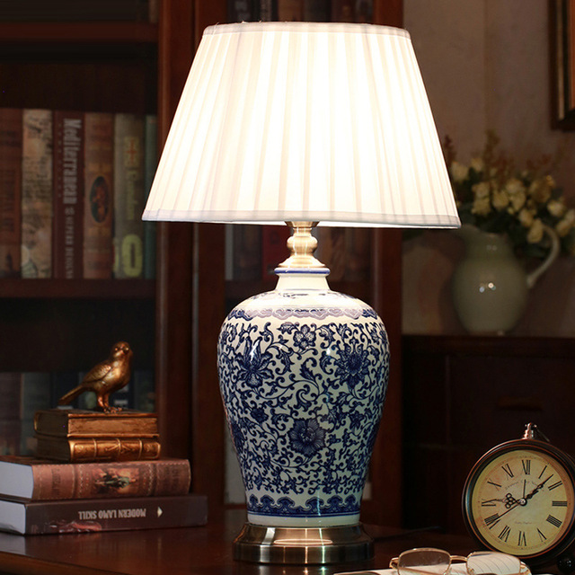 Blue And White Porcelain Creative Ceramic Desk Lamp, Bedroom Bedside Lamp, Chinese Club Hotel Decoration Desk Lamp 1114