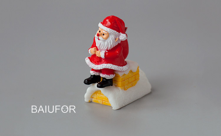 BAIUFOR Miniature Christmas Tree Santa Claus Snowmen Gift Box Terrarium Accessories Fairy Garden Figurines Dollhouse Decor