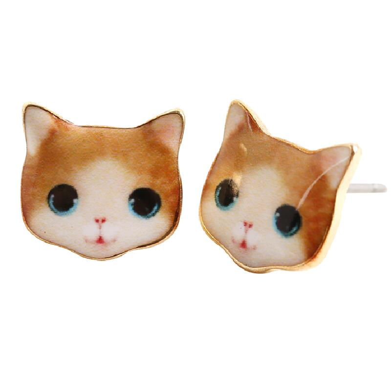 SMJEL New Fashion Unique Cartoon Cat Earrings Special 3D Cute Kitty Animal Stud Earrings for Women Party Gift OED011