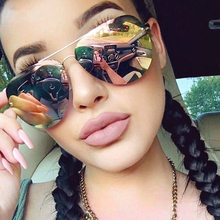 New Arrival Rose Gold Sunglasses Women Brand Designer 2017 Oversize Rimless Sunglass Female Sun Glasses Women Sunglass Mirror