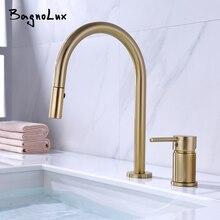 Çift delik tek kolu tasarım musluk mutfak lavabo musluğu mat Burnish altın pirinç çift delikli dışarı çekin güverte monte musluk bataryası