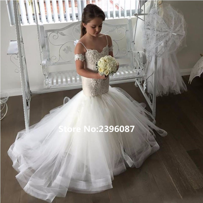 Elegant White Tulle Mermaid Princess   Flower     Girl     Dresses   Short Sleeve V-Neck First Communion   Dress   Vestidos de comunion 2019