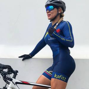 2019 Pro Team Triathlon Suit Women's Cycling Jersey Skinsuit Jumpsuit Maillot Cycling Ropa ciclismo long sleeve set gel pad 027
