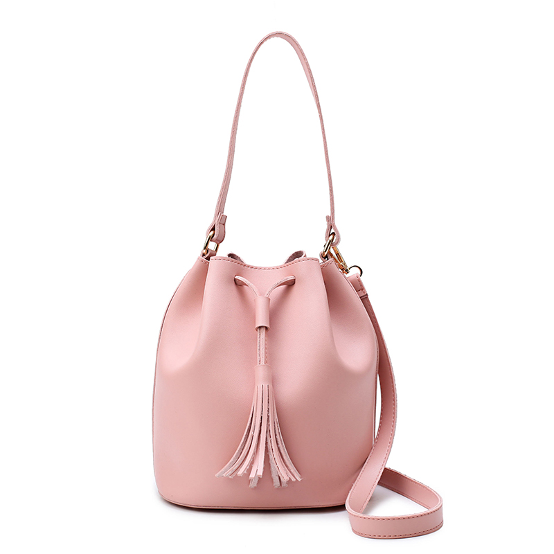 цены Top-Handle Women Bags Fashion PU Women's Leather Handbags Messenger Bag Tassel Bag High Quality Small Bucket Bags 1709