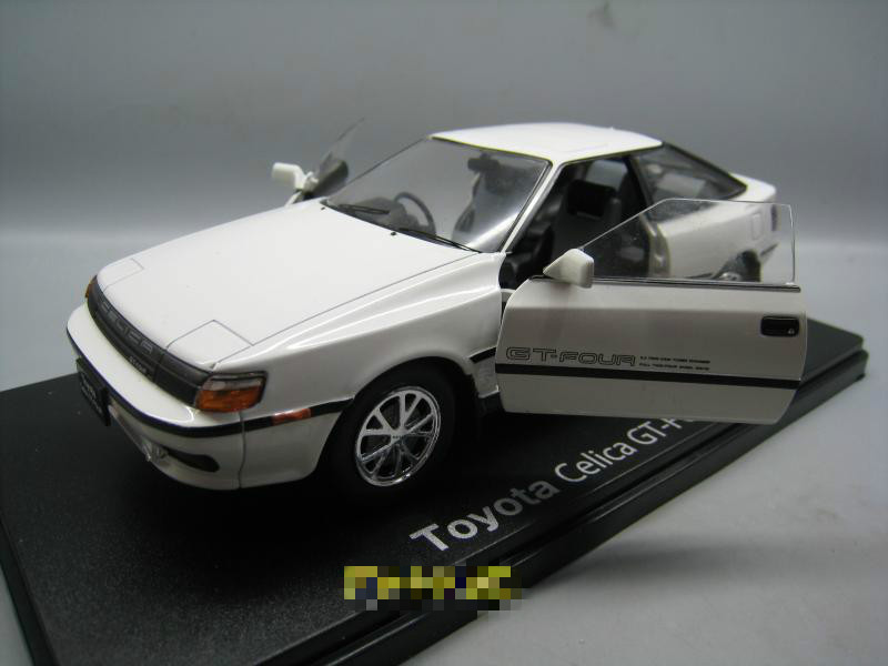 IXO 1/24 Scale JAPAN TOYOTA CELICA GT-FOUR Vintage Diecast Metal Car Model Toy For Collection,Gift,Decoration,Kids