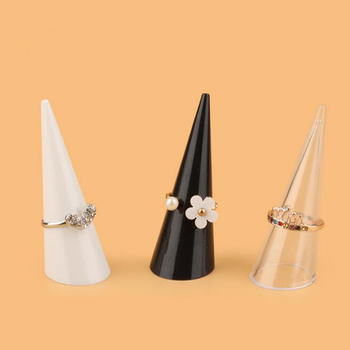 Hot selling fashion New Popular 20PCS/Lot Mini Jewelry Finger Ring Holder Triangle Cone Display Shelf Rack Stand