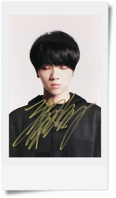 signed HUA CHENYU  autographed photo  6 inches  freeshipping 9 versions 082017 b signed hua chenyu autographed photo 6 inches freeshipping 9 versions 082017 b