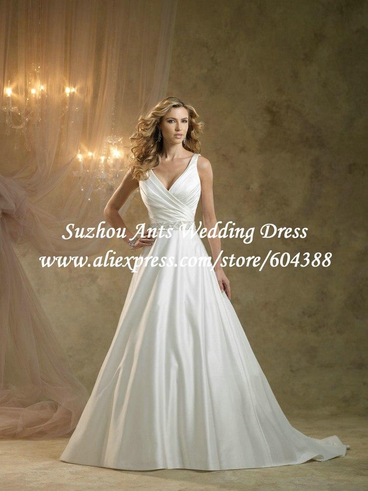 Свадебное платье с в образным вырезом фото