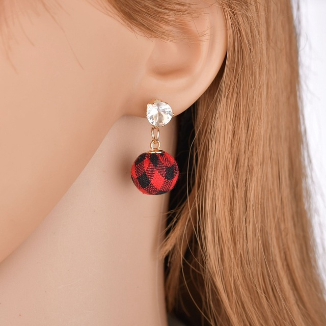 HOSEWYE Fashion CZ Statement Earrings 2018 Cloth Ball Geometric Earrings For Women Hanging Dangle Earrings Modern Jewelry 1